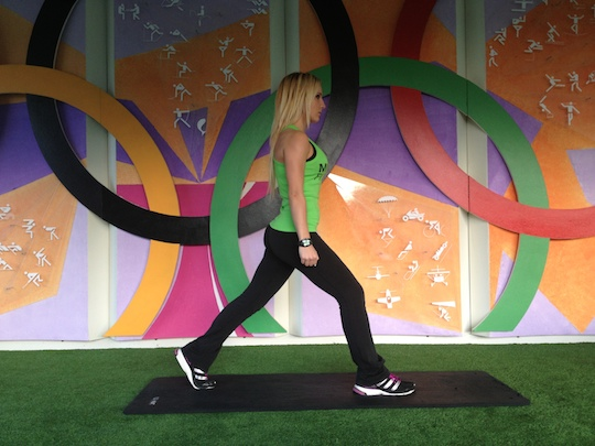 Lunge (cuadriceps, gemelo, femoral)