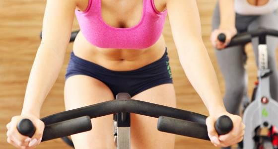 cómo trabajar tu zona abdominal en tus clases de spinning