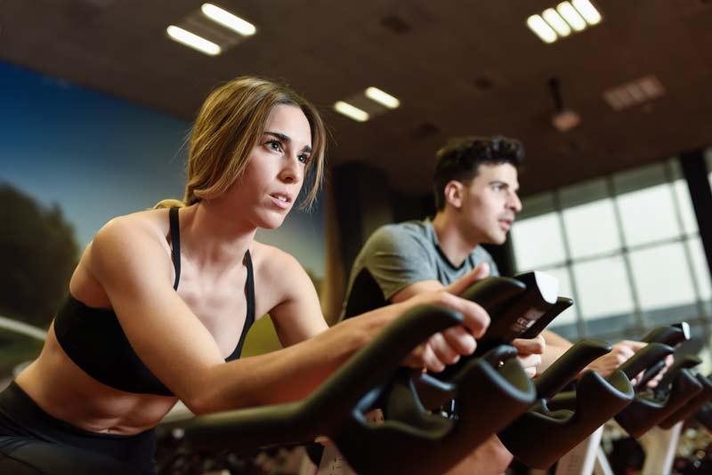 cuantas calorias se queman en spinning mujer pedaleando