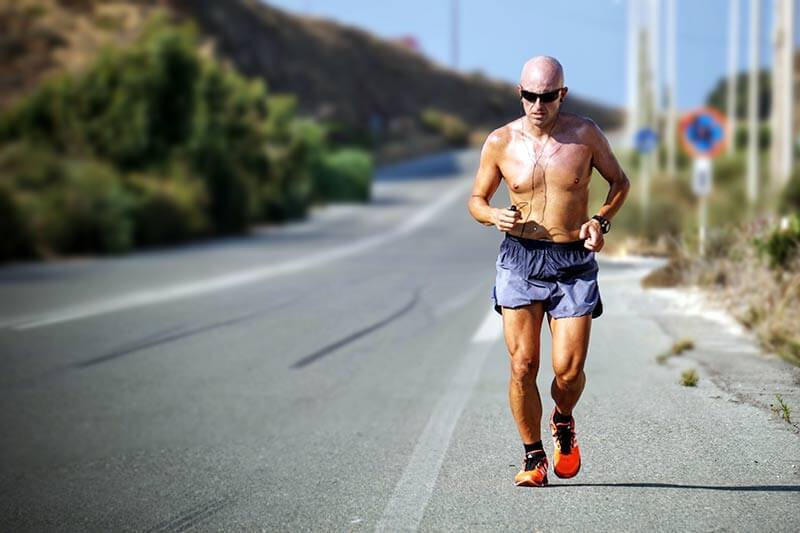 correr-con-calor-hombre