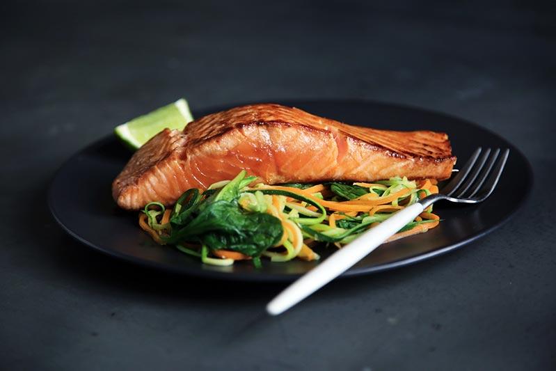 dieta-verano-adelgazar-rapido-salmon