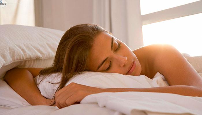 dormir adelgaza