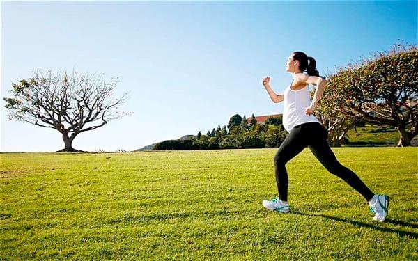 ejercicios-durante-el-embarazo.corriendo