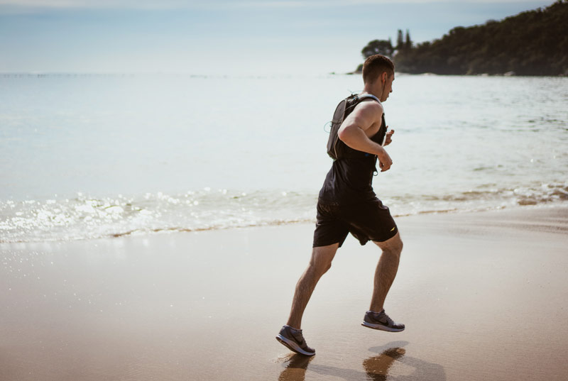 entrenamiento-fuerza-para-corredores-playa