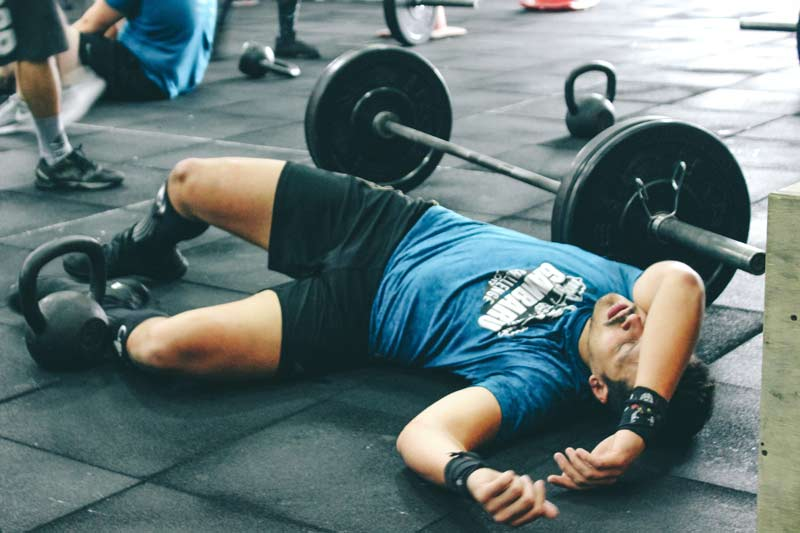 fatiga-muscular-chico-gym