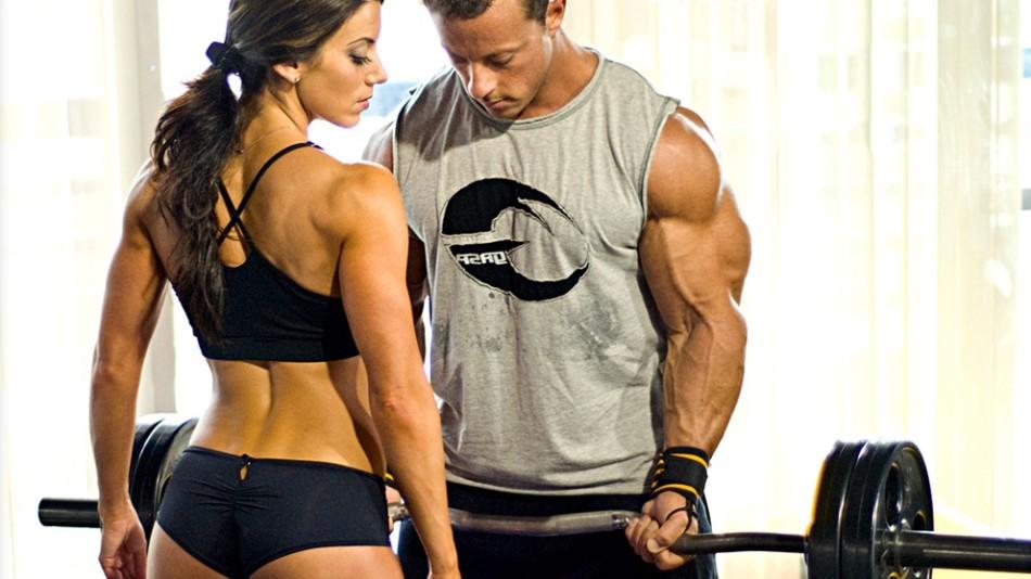 Resultado de imagen para cuerpos de hombres y mujeres con musculos