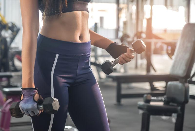 ejercicios-pesas-mujeres