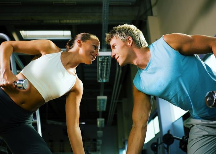 Diferencias entre hombres y mujeres en el fitness for Fitness gym hombres