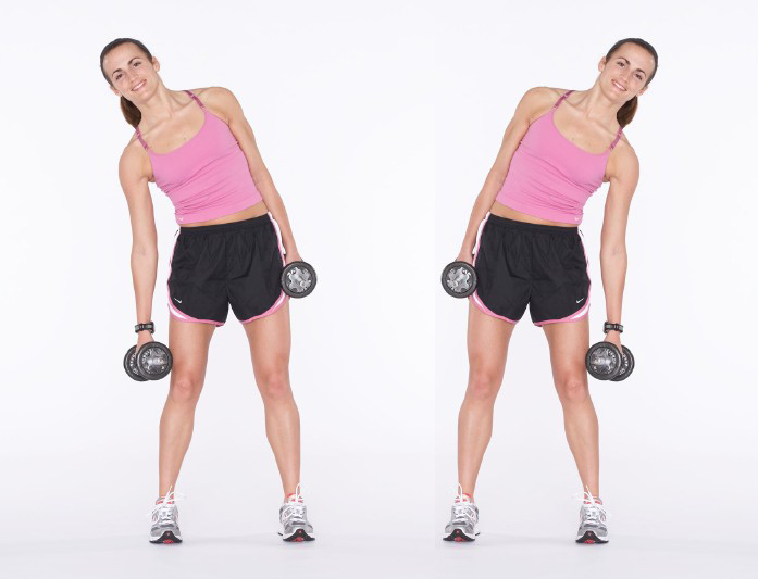 Mujer haciendo Side Bends
