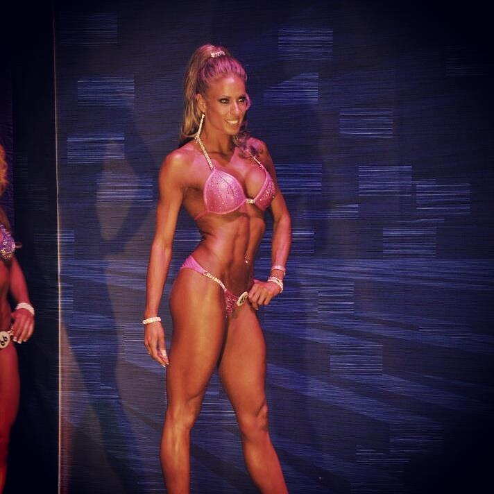 soraya alvarez modelo fitness